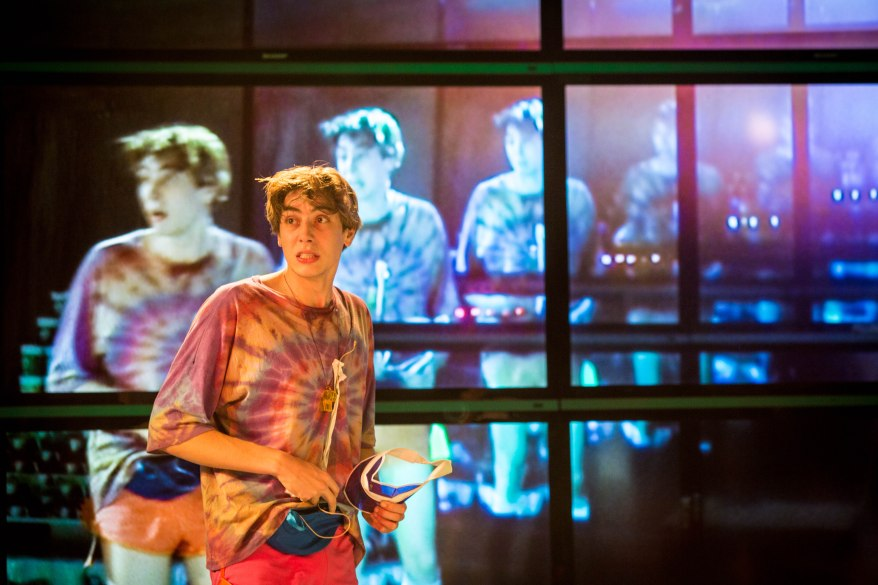 alex-arnold-as-robbie-in-shopping-and-fucking-lyric-hammersmith-photo-by-helen-murray
