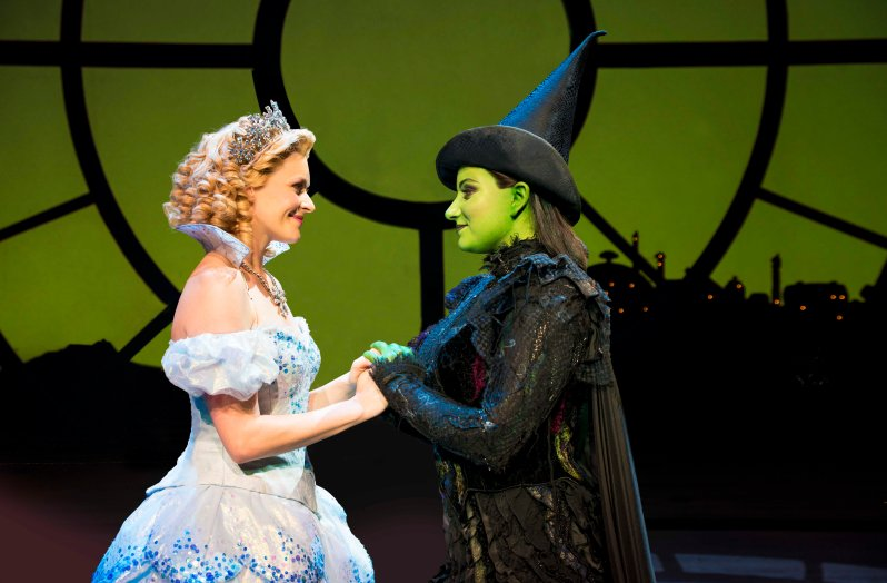wicked-uk-international-tour_carly-anderson-and-jacqueline-hughes_photo-matt-crockett_8181