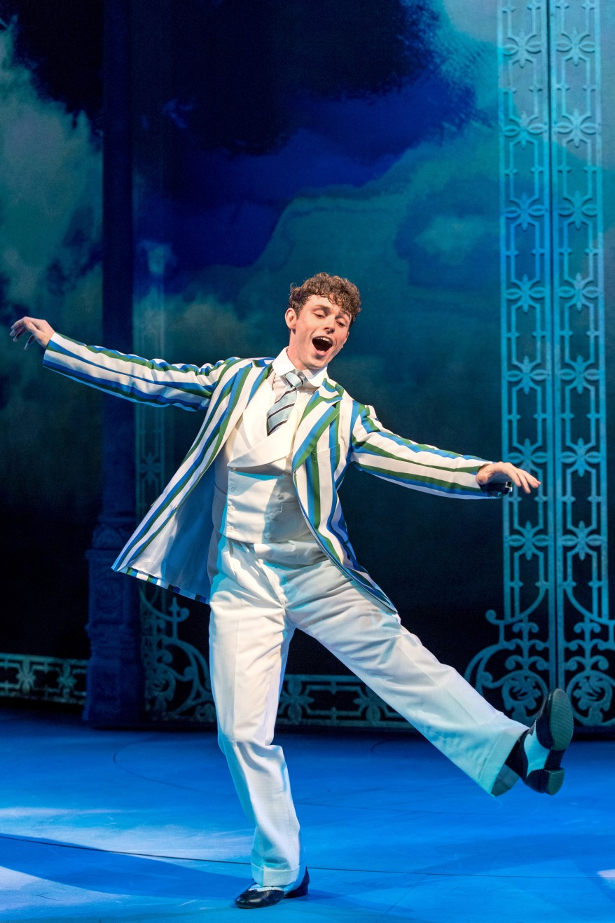 5-charlie-stemp-as-arthur-kipps-in-chichester-festival-theatres-half-a-sixpence-photo-by-manuel-harlan-132