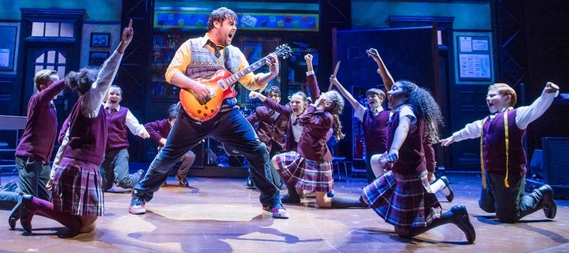 school-of-rock-20-10-16-new-london-2514_rt