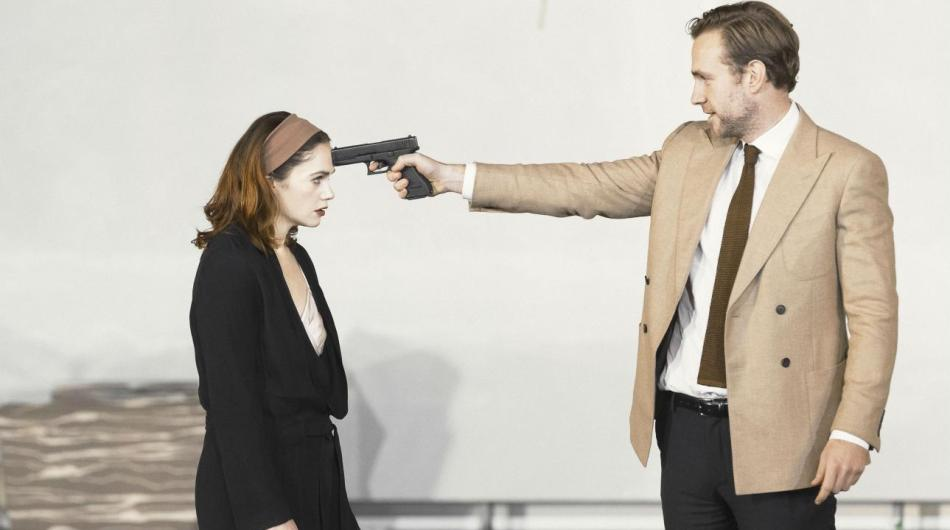 ruth_wilson_and_rafe_spall_in_hedda_gabler-2578x1450