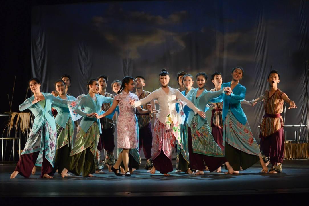 Dance Ensemble Singapore_1 (Image courtesy of Dance Ensemble Singapore).jpg