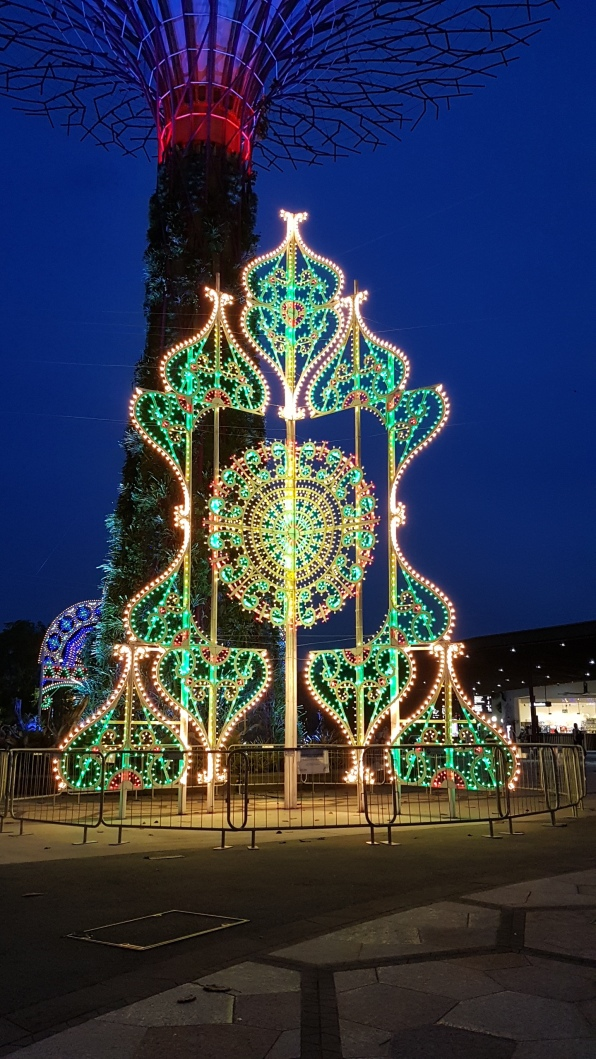 Christmas Wonderland 2017 - Luminarie 13m tall Christmas 'tree' 1 (1).jpg