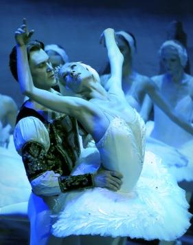 Irina Kolesnikova as Odette